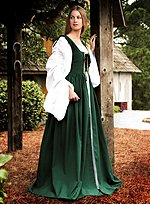 Green Kirtle with Black Lacing