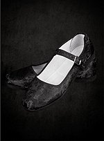 Black Cloth Shoes with Strap