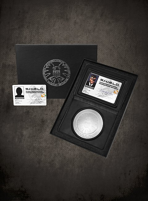 Official S H I E L D Nick Fury Id Set Official Set With